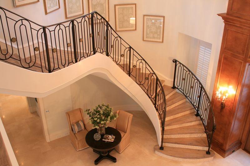 gulfstream-staircase