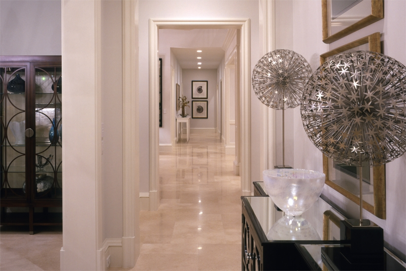 gulftream-hallway_2