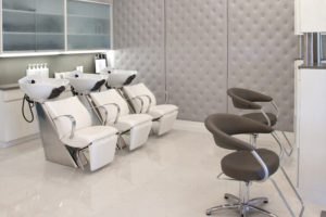Danny Jelaca Salon photo by Robin Hill (c) HI RES (5) - 5400x3600